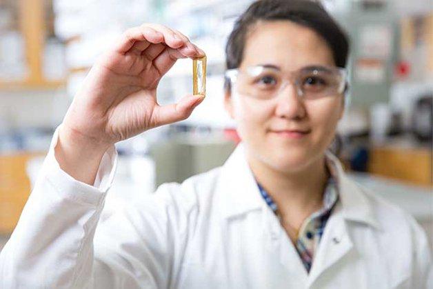 Estudante cria bateria recarregável que dura até 400 anos