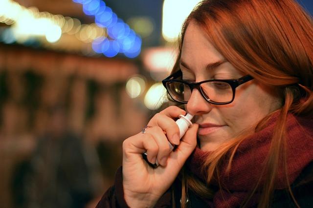 Coronavírus: USP criou vacina em spray nasal