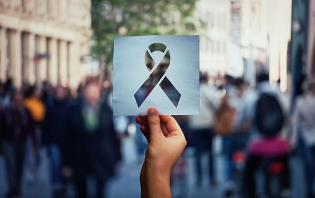 Cientistas brasileiros criam terapia para AIDS e curam um homem