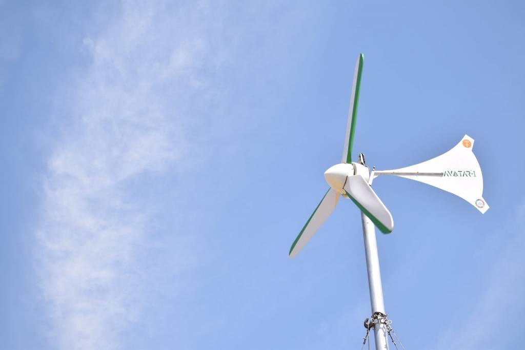Empresa lançou turbina eólica para residências com preço de celular e com geração de  5 kWh por dia